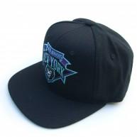 Mishka 'Hat Trick' Snapback -Black-